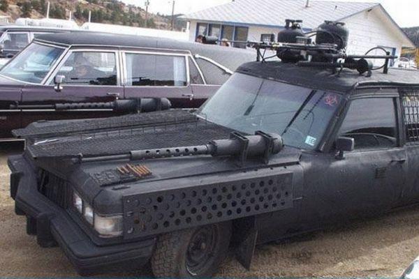 car-humor-joke-funny-gun-flamethrower-custom-made-hearse-1
