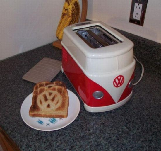 car-humor-funny-joke-road-street-drive-driver-vw-van-toaster-Volkswagen-japan-1