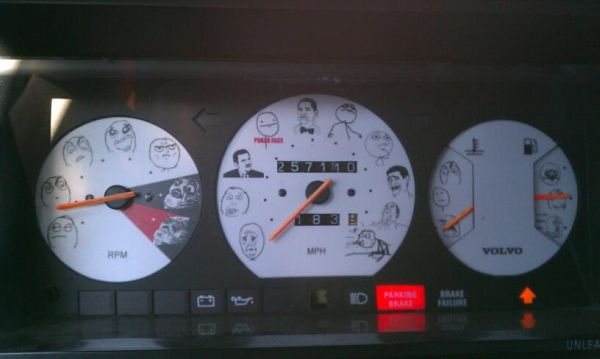 car-humor-funny-joke-road-street-drive-driver-troll-face-dash-meme